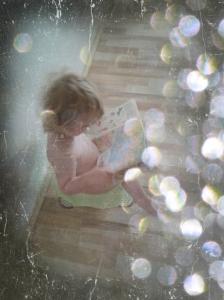 Leseliebe - Murmelmädchen liest